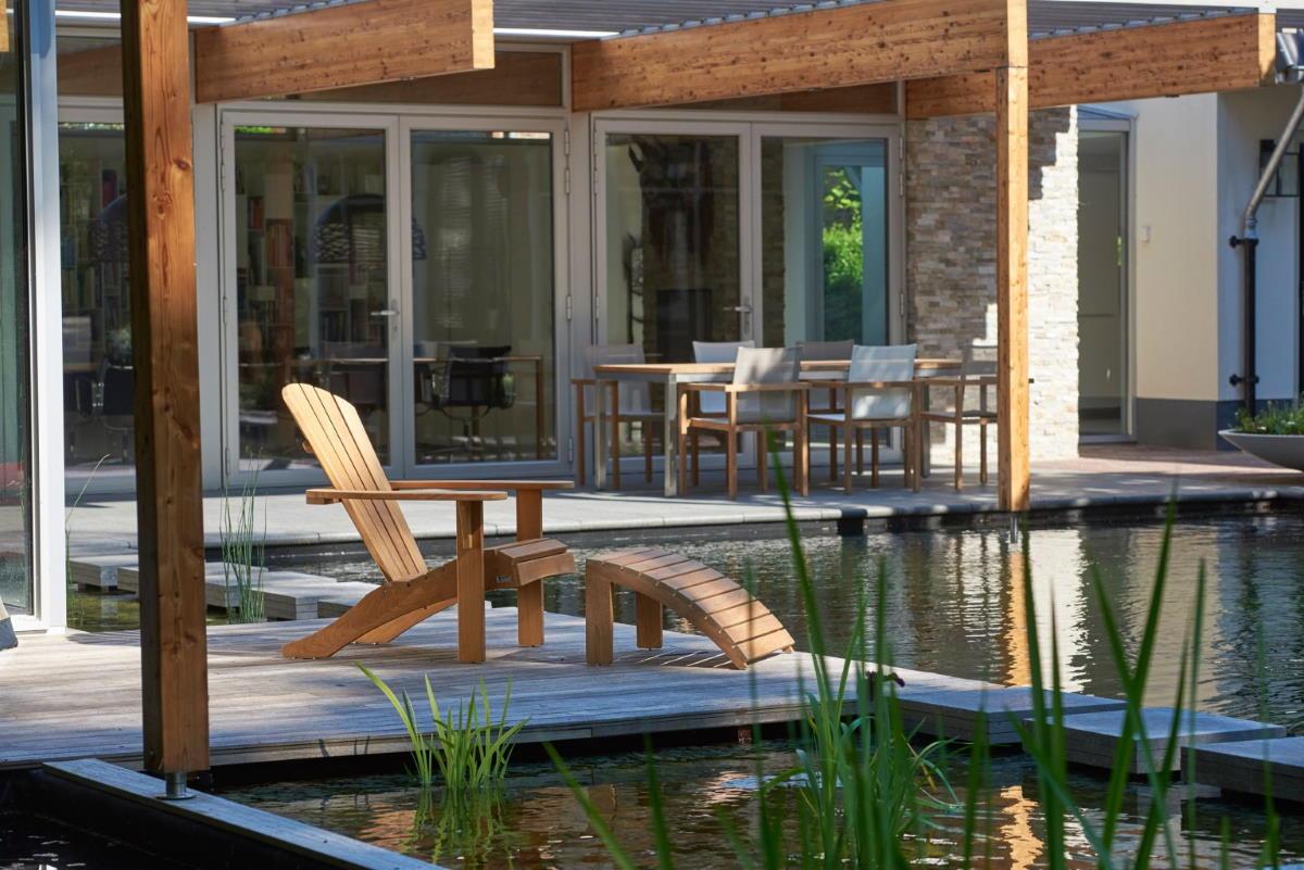 Sienna-Beachchair-with-footstool-4